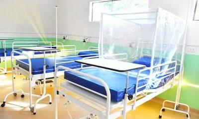 Cooperativas donan 120 camas de terapia intermedia a Salud Pública