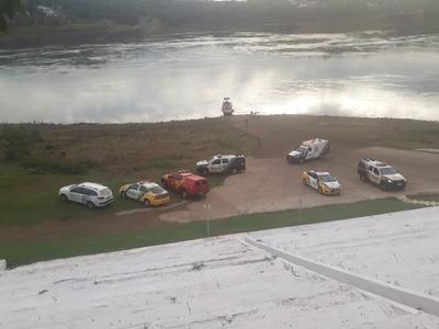 Hallan cuerpo de joven ahogado en el río Paraná