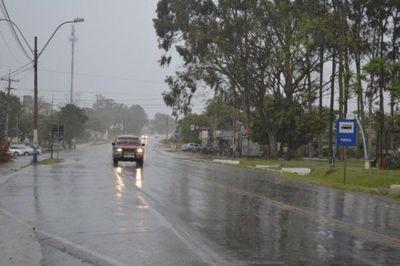 Martes de intensa lluvia en Misiones y anuncian descenso de temperatura
