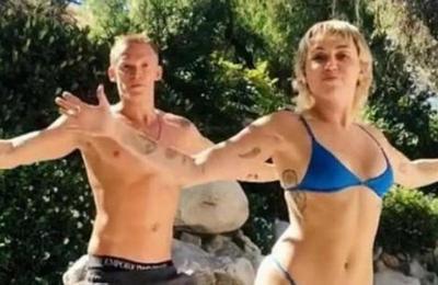 Miley Cyrus y Cody Simpson lo dan todo en su nueva coreografía de TikTok