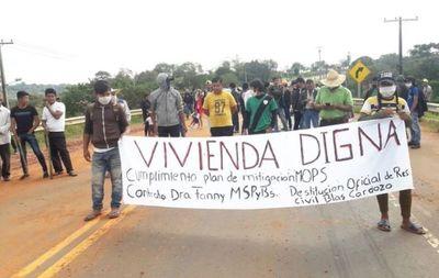 Indígenas piden viviendas dignas