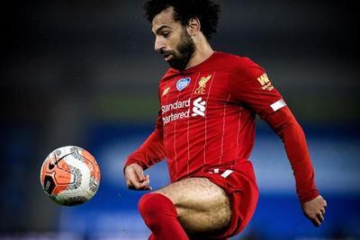 Un doblete de Salah le da otra victoria al Liverpool