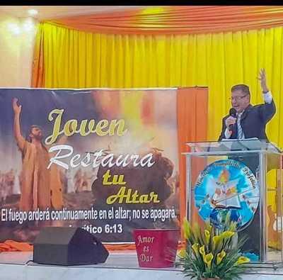 """Aduanero """"PASTOR"""" exige un """"DIEZMO"""" de G. 100 mil a CONTRABANDISTAS"""