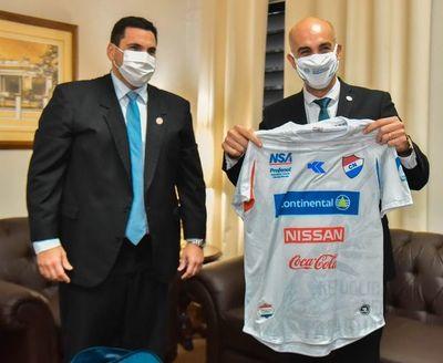 """""""Estamos usando tiempo y horas apoyando al fútbol, pero el fútbol no donó análisis para el pueblo paraguayo"""""""