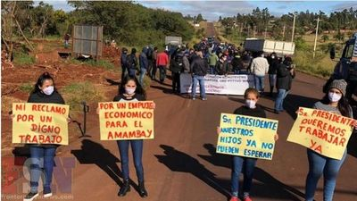 Cierran Ruta PY05 en protesta contra el Gobierno en P.J.C