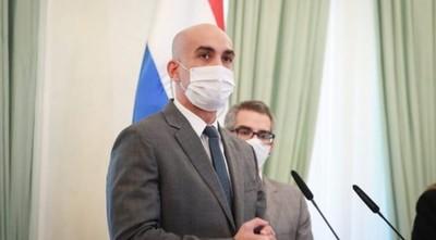 Mazzoleni asegura que Salud agotará instancias para la ejecución de la póliza del seguro