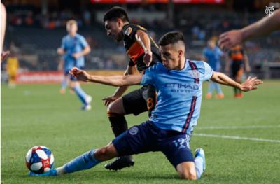 Jesús Medina no puede evitar la derrota del New York City en la MLS