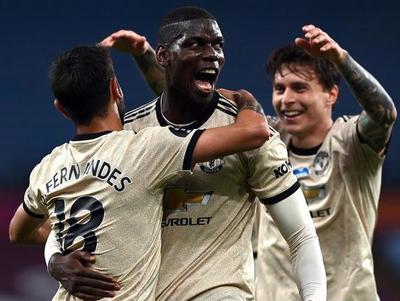 Manchester United vence al Aston Villa y extiende su racha