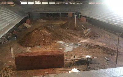 Avanza construcción de polideportivo pedrojuanino