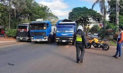 Caminera abusa con las coimas y deja a camioneros instalar el caos en el centro – Diario TNPRESS
