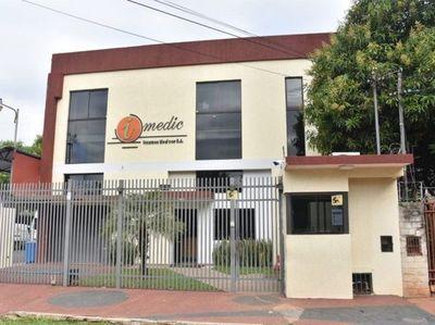Abogado de Patricia Ferreira afirma que no corresponde orden de detención contra su cliente