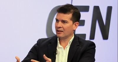 """Senador considera """"lamentable"""" la gestión administrativa de Mazzoleni en Salud"""