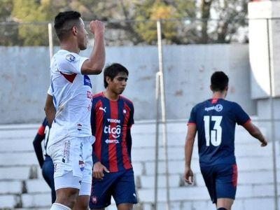 Nacional venció a Cerro Porteño en el Arsenio Erico