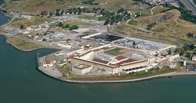 California libera otros 8.000 prisioneros por temor al virus