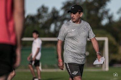Los técnicos con más partidos en la Libertadores que pasaron por el fútbol paraguayo