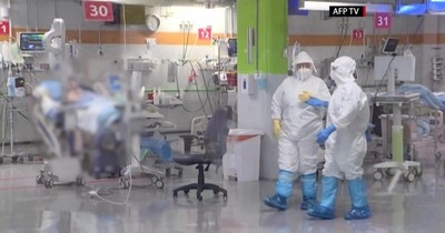 """Chile supera los 11.000 muertos por COVID-19 sumando casos """"probables"""""""