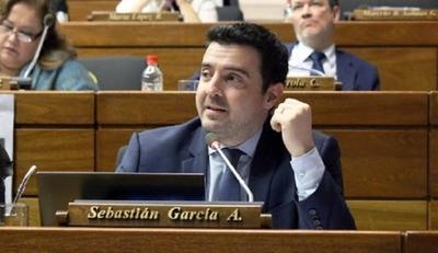 """HOY / Al final, informan que diputado García dio negativo al COVID-19: """"Están viendo qué pasó"""""""