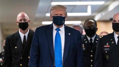 Trump se muestra por primera vez con mascarilla