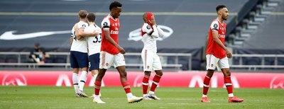Tottenham venció al Arsenal y sueña con clasificar a Europa League