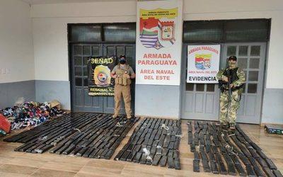 Hallan más de 300 kilos de marihuana a orillas del Paraná