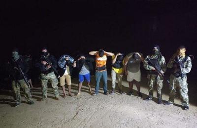 Detienen a siete personas por intentar entrar de forma ilegal al país – Prensa 5