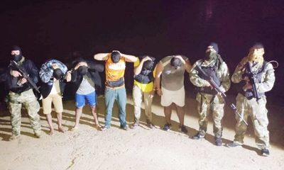 Siete aprehendidos  cuando intentaban  ingresar ilegalmente  a través del río Paraná – Diario TNPRESS