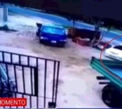 Violento asalto con toma de rehén en Santaní