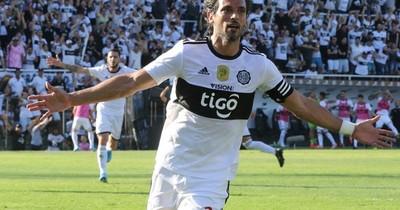 El fútbol me saca mucho tiempo como para hacer política, afirma Roquegol