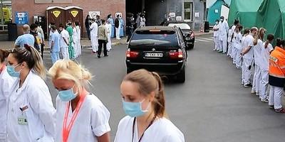 Médicos del primer mundo escrachan a mandataria por pésimas condiciones de trabajo