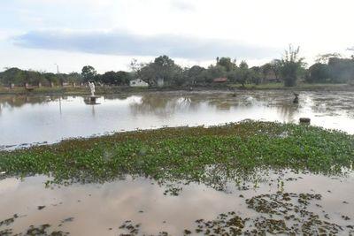 Intervienen obras en laguna de Santiago por no contar con documentaciones ambientales