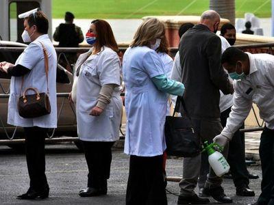 Médicos claman acabar con la corrupción