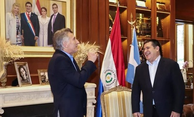 Protocolo sanitario fue modificado días antes para venida de Mauricio Macri a Paraguay