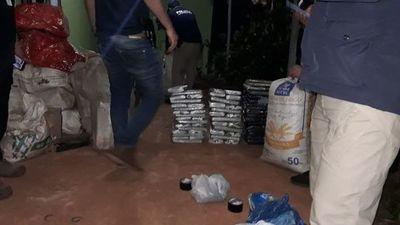 Allanan vivienda de acopio y empaquetado de marihuana en plena zona urbana de PJC