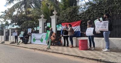 Caso Juliette: manifestantes piden que madre y padrastro vayan a una cárcel