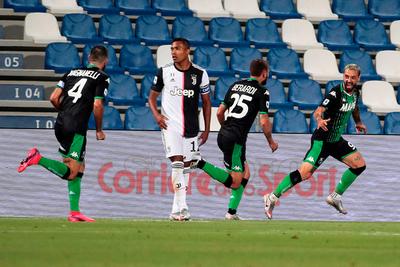 Sassuolo le aplica otro freno a Juventus y enciende el Calcio