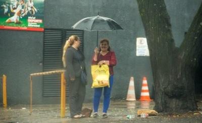 Pronostican lluvias y jornada cálida