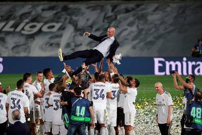 Zinedine Zidane agranda su leyenda en el Real Madrid