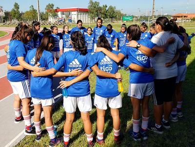 El fútbol femenino también recibe el respaldo de la APF