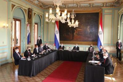 Cumbre de Poderes analizó recuperación económica de frontera y reforma del registro público