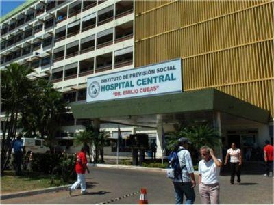 Asociación Médica del IPS critica manejo político y falta de medicamentos