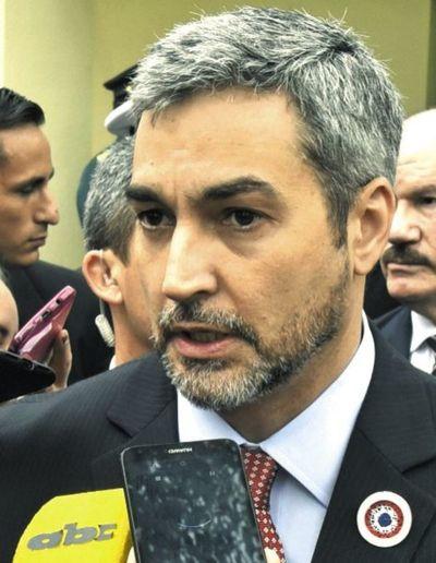 """""""Yo te pongo la firma que no llega a diciembre"""", dice diputado Ortíz sobre gobierno de Mario Abdo"""