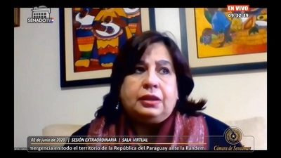 """Senadora califica de """"abrazo de impunidad"""" acuerdo entre Cartes y Abdo"""