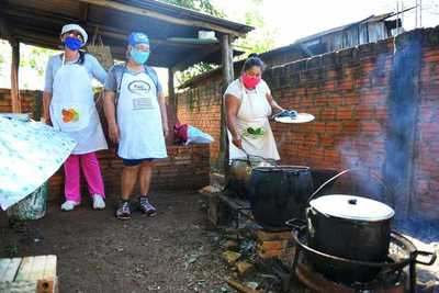 Miles de ciudadanos sobreviven gracias a las ollas populares