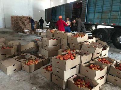 Incautan tomate y azúcar de contrabando en Coronel Oviedo