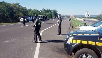Policía intensifica controles en Alto Paraná para cumplimiento de la cuarentena
