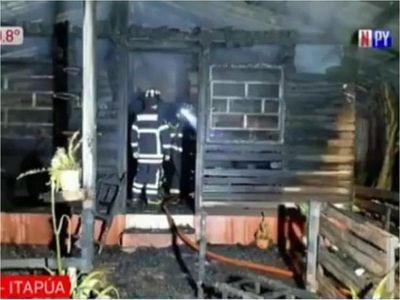 Hombre incendia vivienda de su ex pareja con ella adentro