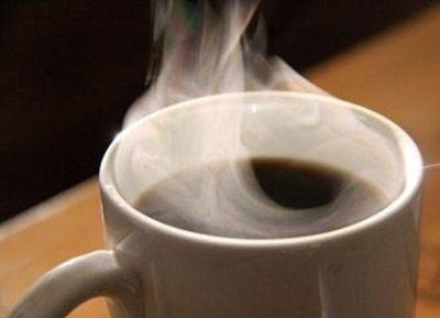NIÑO SUFRE QUEMADURAS TRAS DERRAMARSE CAFÉ CALIENTE