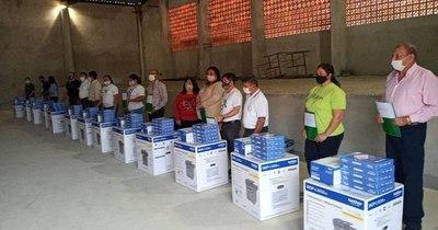 Ante déficit de internet, municipalidad de Lima entrega fotocopiadoras a las escuelas